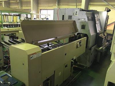 NC自動旋盤(SL253)のバー材自動供給システム